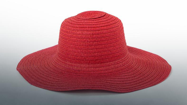 Najmodniejsze kapelusze na lato