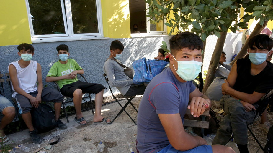 Migranci na greckiej wyspie Moria