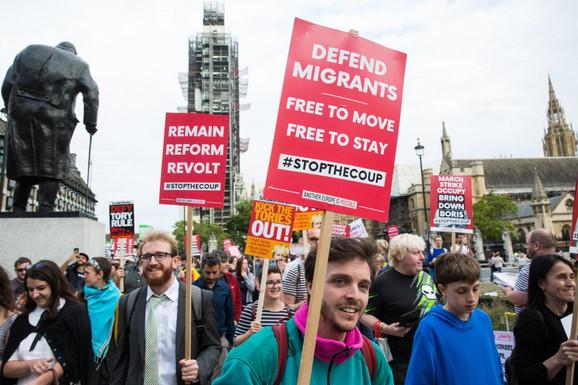 Protest u znak podrške migrantima u septembru 2019. u Londonu