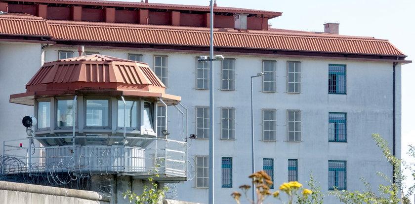 Tajemnicza śmierć w Areszcie Śledczym w Piotrkowie. Ciała dwóch mężczyzn znaleźli w tym samym miejscu