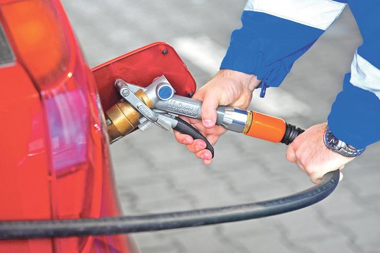 Nis Benzinska pumpa zmaj 2 231012  RAS foto Oliver Bunic70