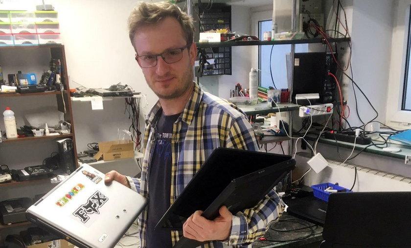 Zamość: Informatyk naprawia stare komputery i przekazuje je dzieciom