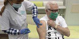 Lech Wałęsa zaszczepił się. Relacjonował to na Facebooku