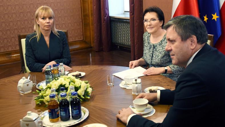 Premier Ewa Kopacz, komisarz Elżbieta Bieńkowska oraz wicepremier, minister gospodarki Janusz Piechociński