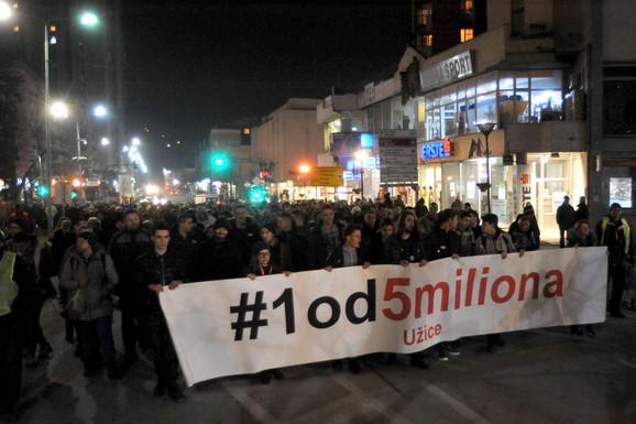 Večerašnji protest je četvrti po redu u Užicu