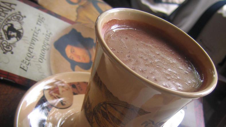 Zimne dranie piją kakao