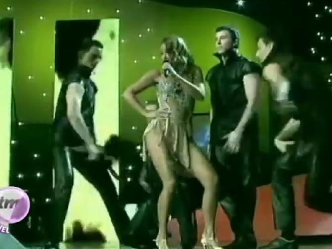 Izašla je na scenu i pokazala telo vreteno: U Anine kukove gledala je tada cela Srbija
