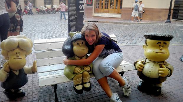Uściski z kultową Mafaldą w San Telmo