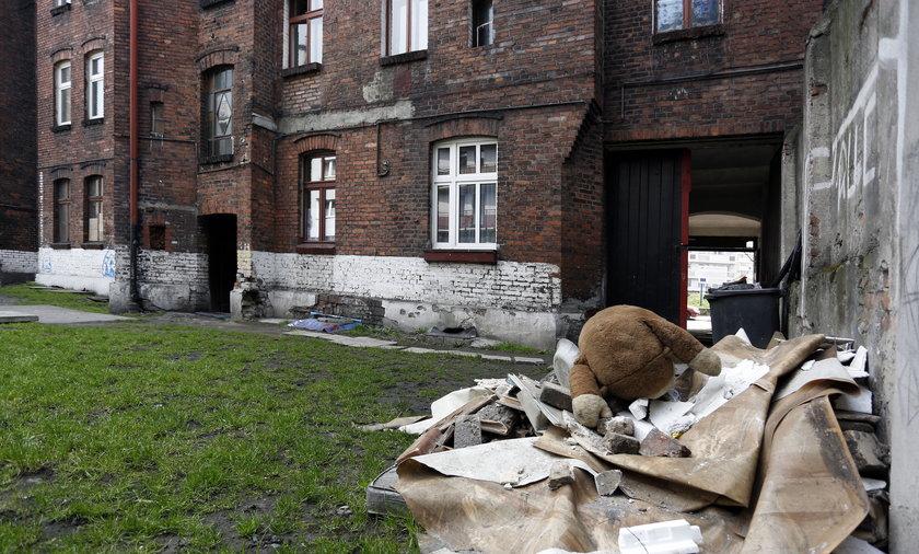 zdewastowane mieszkania komunalne w Chorzowie wa