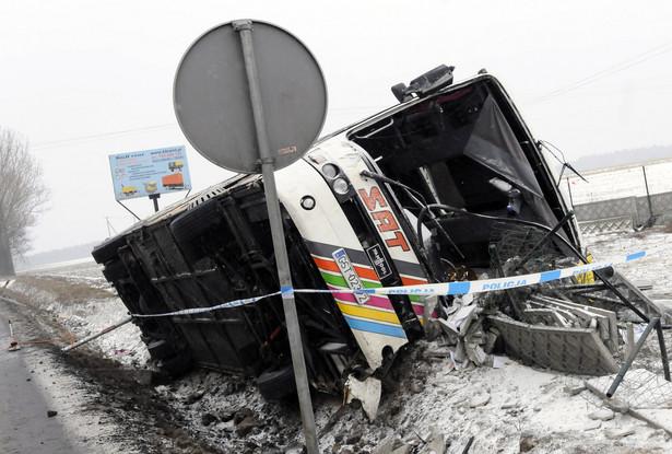Wypadek autokaru pod Włocławkiem