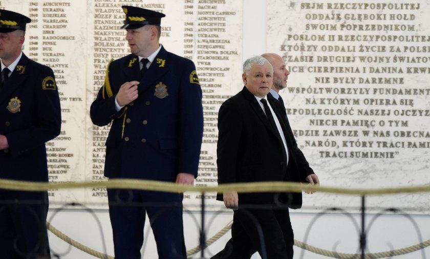 Spore kłopoty Kaczyńskiego. Mówią o łamaniu prawa