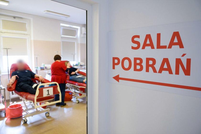 Koronawirus w Polsce: kobiety po ciąży nie mogą oddawać osocza dla zakażonych?