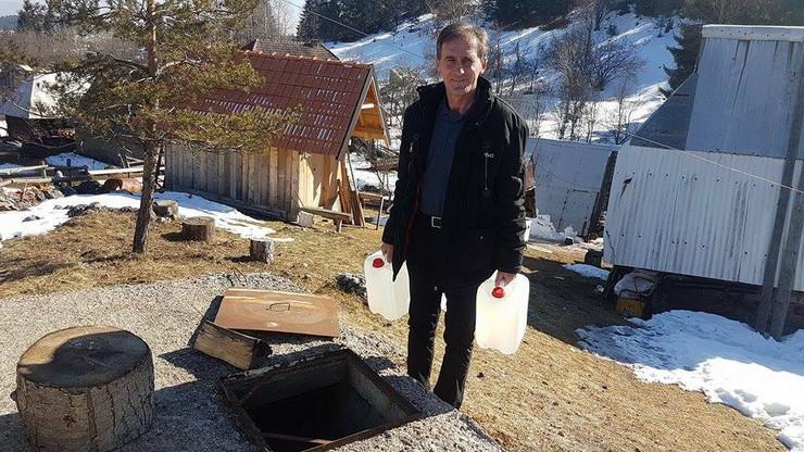 PRIJEPOLJE 01 ispraznio i rezervoar sa 20 kubika vode radoman petric foto zeljko dulanovic