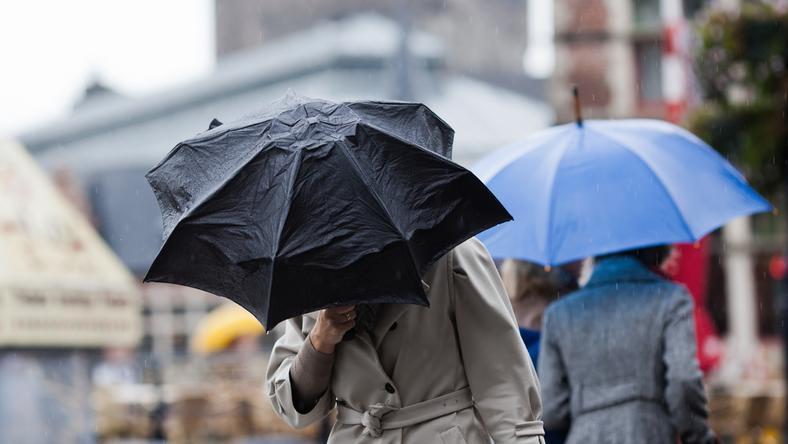 Jutro rano będzie padać na południu kraju