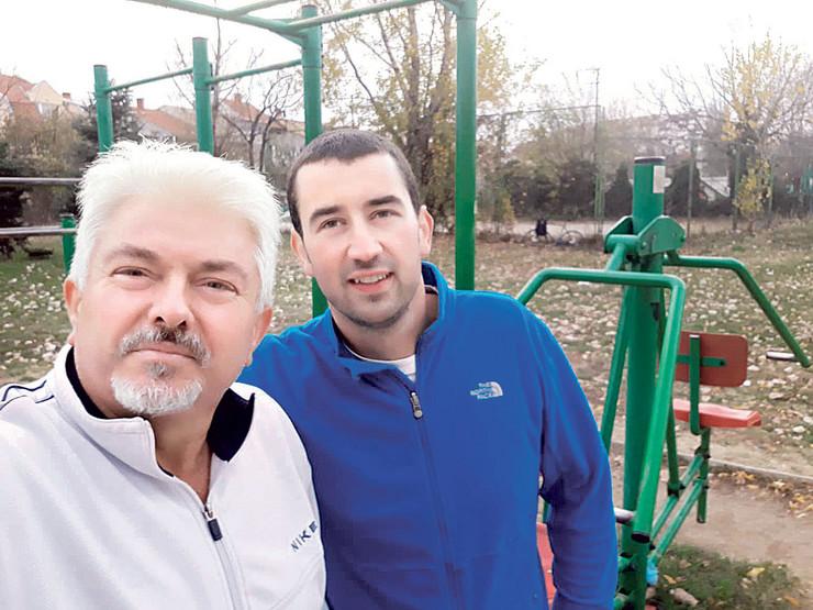 Radiša i Vladimir odneli su torbu sa novcem u policiju koja je vraćena vlasniku