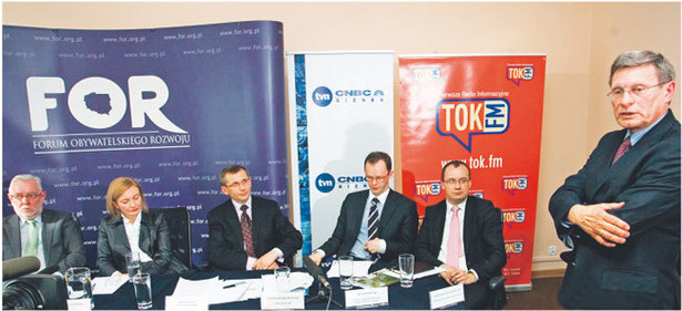 W debacie wzięli udział Jerzy Stępień, Katarzyna Gonera, Krzysztof Kwiatkowski, Jarosław Bedłowski, Adam Bodnar i Leszek Balcerowicz Fot. Wojciech Górski