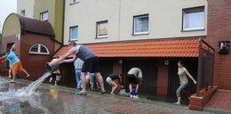 Nadchodzi totalny kataklizm, deszcze i powodzie na południu kraju