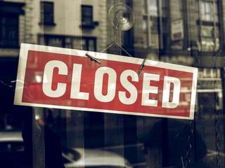 Część hotelarzy zapowiada wznowienie działalności mimo zakazu. Rządowe wsparcie wciąż do nich nie trafiło