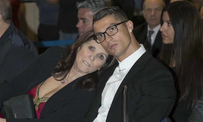 Matka Ronaldo cierpi na nowotwór