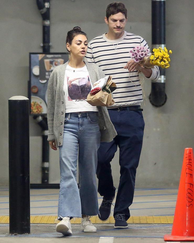 Mila Kunis i Ešton Kučer