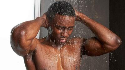 Dear men, here's how to wash your penis