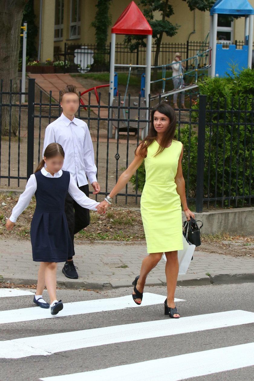 Marta Kaczyńska z córką na zakończeniu roku szkolnego