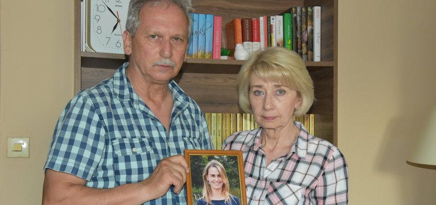 """Rodzice zamordowanej Agnieszki przerywają milczenie. """"Ciągle myślę, że Agusia zaraz wróci"""""""