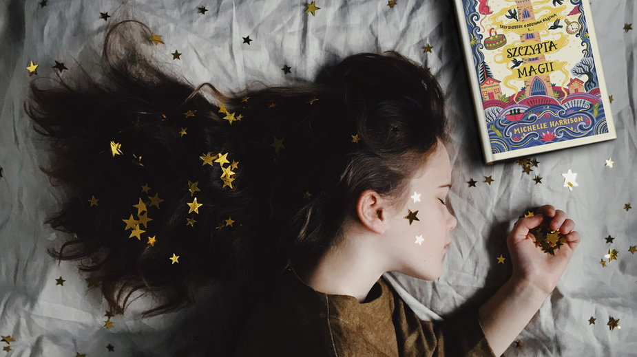 "Michelle Harrison, ""Szczypta magii"" (© 2019 Michelle Harrison)"