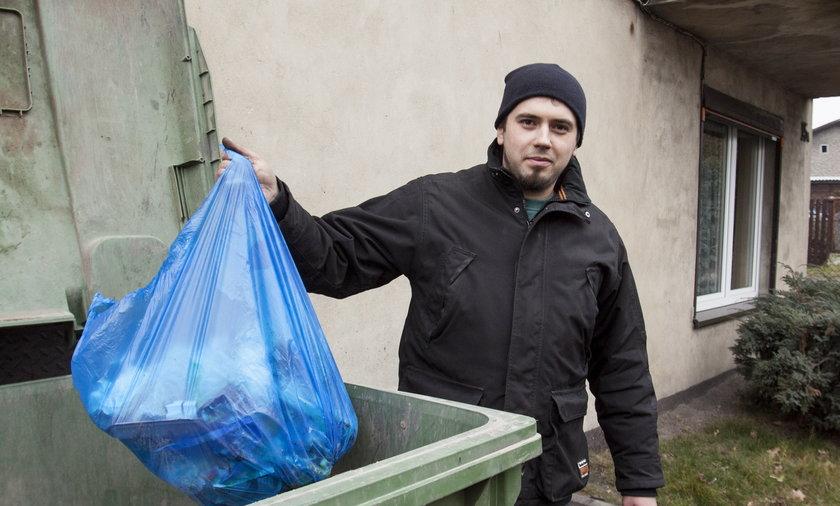 Władze Katowic nie chcą obniżyć opłat za śmieci.