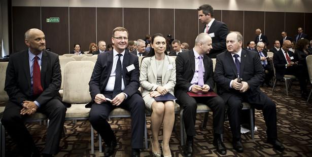 Specjaliści bankowcy i przedsiębiorcy dyskutowali o gwarancjach de minimis na konferencji 15 września w Józefowie