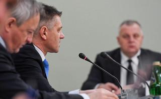 Jacek Kapica zeznawał przed komisją śledczą ds. VAT. 'Nikt specjalnie nie rozszczelnił systemu podatkowego'