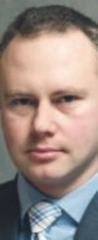 Adam Wiśniewski, ekspert ds. inwestycji w Axa Życie
