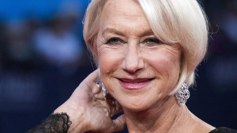 """Status Helen Mirren określa zarówno to, czego zmierzyć nie sposób – talent, klasa, niegasnąca mimo upływającego czasu uroda – jak i to, co można zestawić w rubrykach i podsumować. Pięćdziesiąt lat na scenie, cztery nominacje do Oscara (w tym jedna statuetka), trzy Złote Globy, dwie Złote Palmy w Cannes. Dodatkowo – nagrody BAFTA, Emmy oraz nie mniej ważne wyróżnienia za pracę w teatrze. To najważniejsze, czyli nagrodę Laurence'a Oliviera, odpowiednik amerykańskiej nagrody Tony, Mirren otrzymała za kolejną swoją """"królewską"""" rolę. W lutym 2013 roku Mirren stanęła na scenie Gielgud Theatre w Londynie jako królowa Elżbieta II. Bo to właśnie scena, a nie tyle plan filmowy, pozostaje dla Mirren najważniejszym punktem odniesienia."""