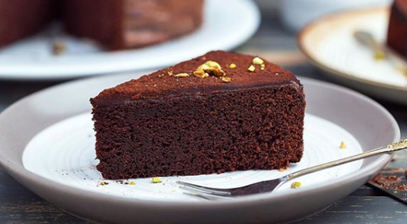 How to make a simple butter chocolate cake