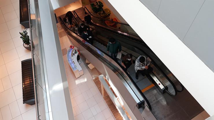 NIs10 trzni centri u nisu poceli da rade foto Branko Janackovic