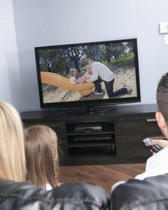 50-calowy telewizor kupisz taniej, niż myślisz. Sprawdź te modele