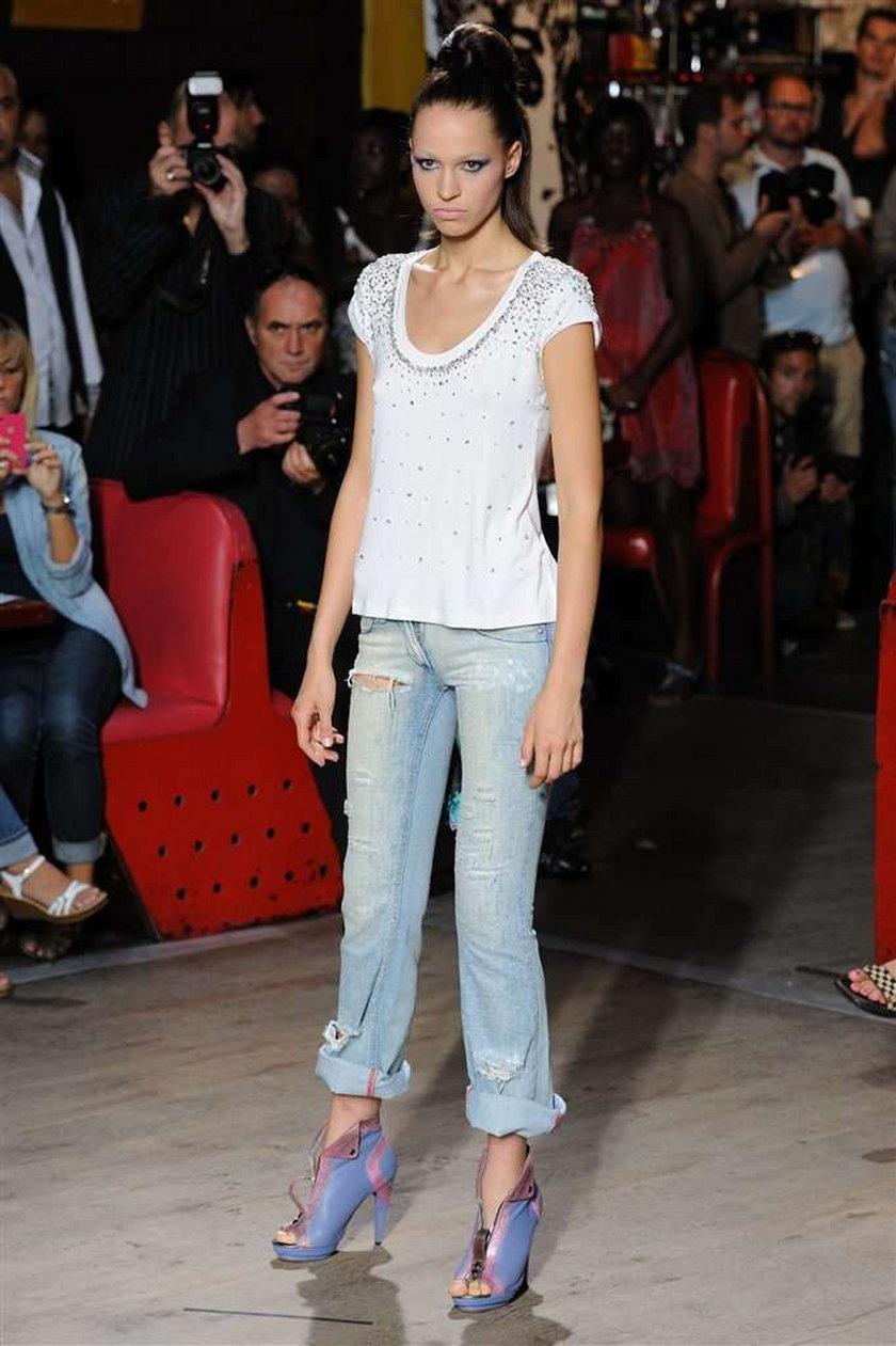 Top Model na wybiegu w Paryżu