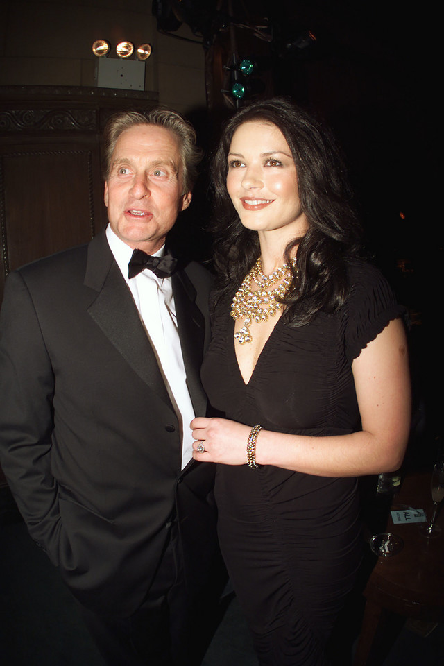 Michael Douglas i Catherine Zeta Jones w 2000 roku