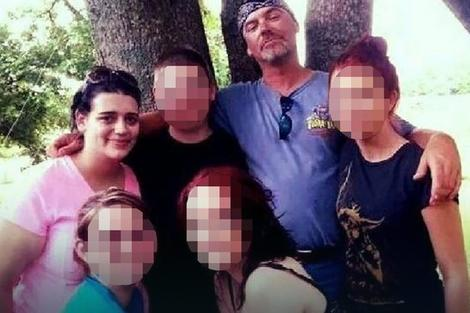 Džej Mejnor sa porodicom