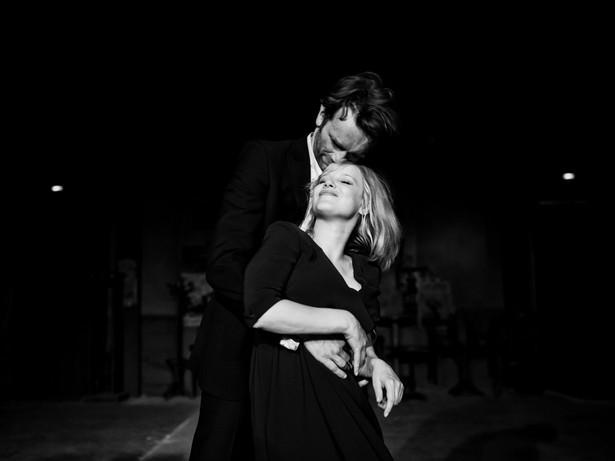 """""""Zimna wojna"""" to film już wielokrotnie doceniany - w tym także ostatnio czterema nominacjami do nagród Brytyjskiej Akademii Sztuk Filmowych i Telewizyjnych BAFTA (film nieanglojęzyczny, reżyser, scenariusz oryginalny i zdjęcia), a także nagrodą aktorską dla Joanny Kulig na 30. festiwalu w Palm Springs. Ewa Puszczyńska jednak tonuje nastroje. Jak powiedziała PAP, niezależnie od dobrego przyjęcia filmu i jego licznych dotychczasowych osiągnięć, nie robi sobie większych nadziei na kolejne statuetki, żeby się nie rozczarować."""