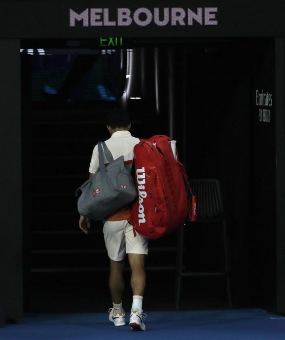 Kei Nišikori napušta Australijan open posle predaje meča u četvrtfinalu