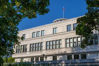 Senacka komisja przeciw podwyżkom dla parlamentarzystów, samorządowców i zajmujących kierownicze stanowiska w państwie
