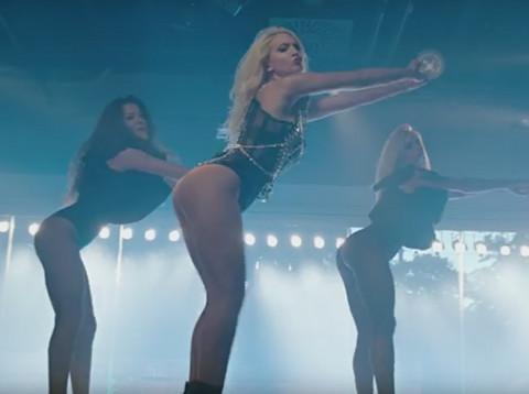 Stigao novi hit: Milica Todorović nikada nije bila ovako seksi! VIDEO