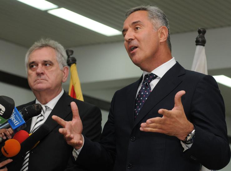 Dobri lični odnosi: Tomislav Nikolić i Milo Đukanović