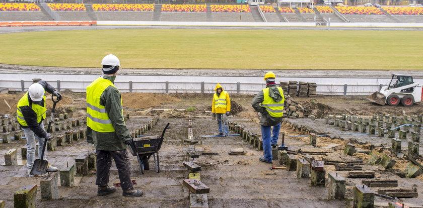 Remontują stadion żużlowy na Golęcinie
