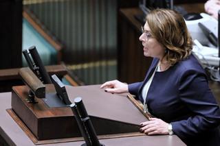 Kidawa-Błońska apeluje do prezydenta o zawetowanie noweli dającej 2 mld zł TVP i PR