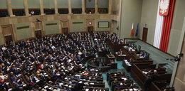 Tak wyglądałby Sejm, gdyby głosowały tylko Polki! Ciekawy sondaż