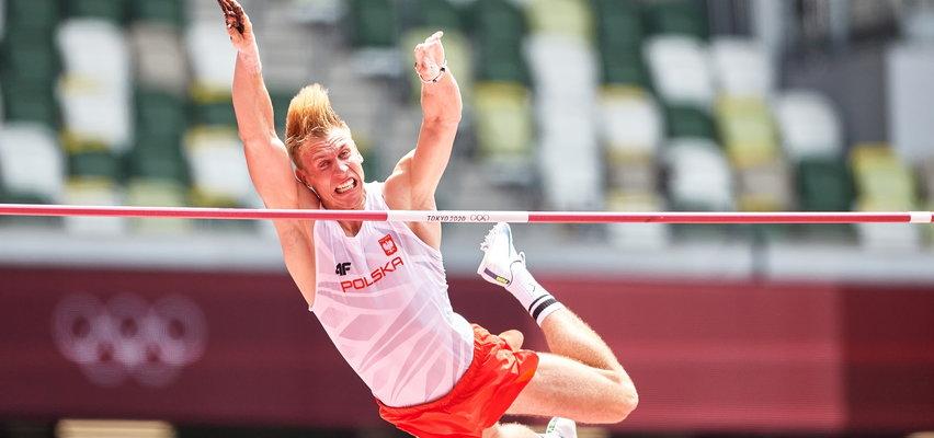 Piotr Lisek w finale tyczki. Obliże poprzeczkę, by zdobyć medal
