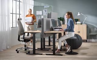 Ergonomiczne wyposażenie biura - aktywność fizyczna w biurze