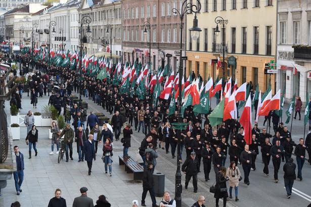 Okolicznościowy przemarsz ulicami Warszawy w 83. rocznicę powstania Obozu Narodowo-Radykalnego